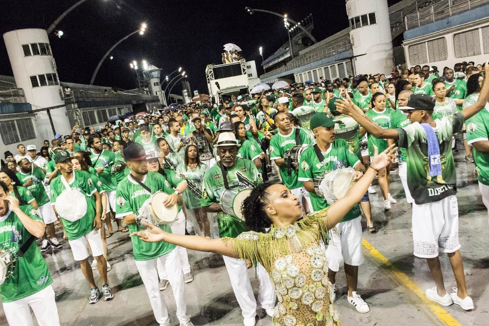 Escolas de SP far£o ensaios técnicos antes do Carnaval veja datas 18 12 2017 UOL Entretenimento