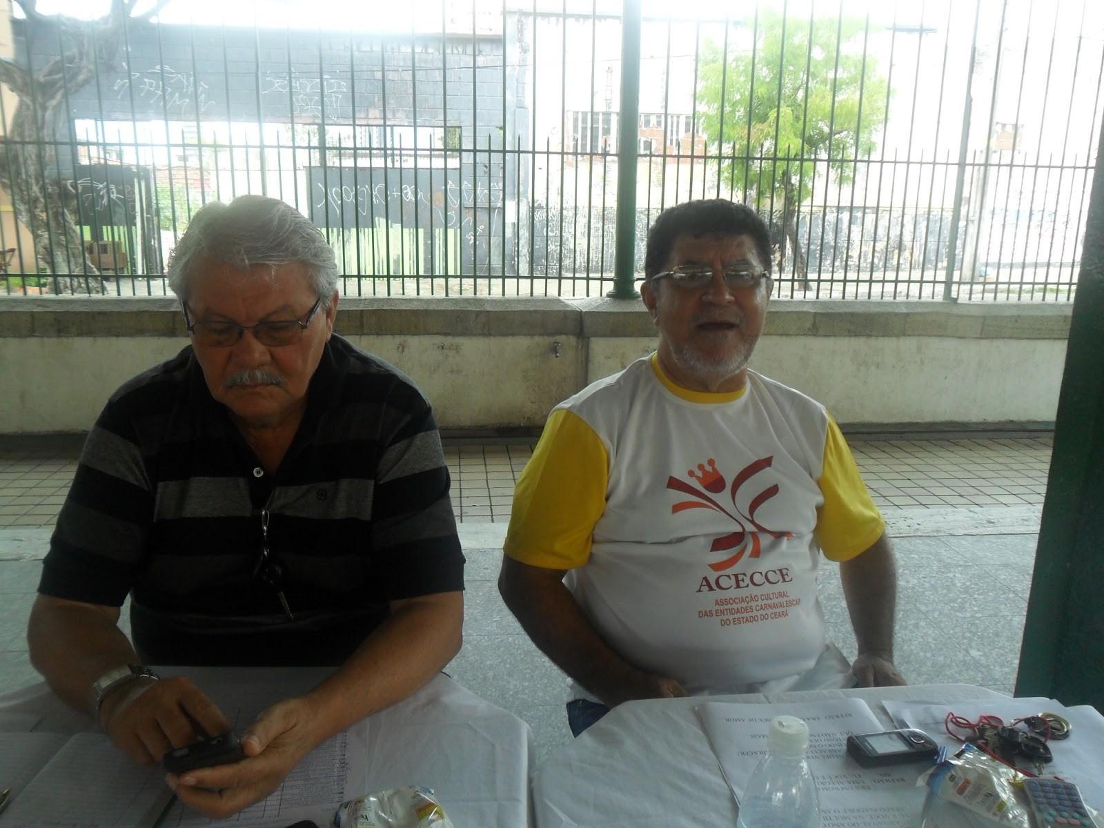 Arnaud Silvério á direita presidente da ACECCE Associa§£o Cultural das Entidades Carnavalescas do Estado do Ceará e o vereador dr