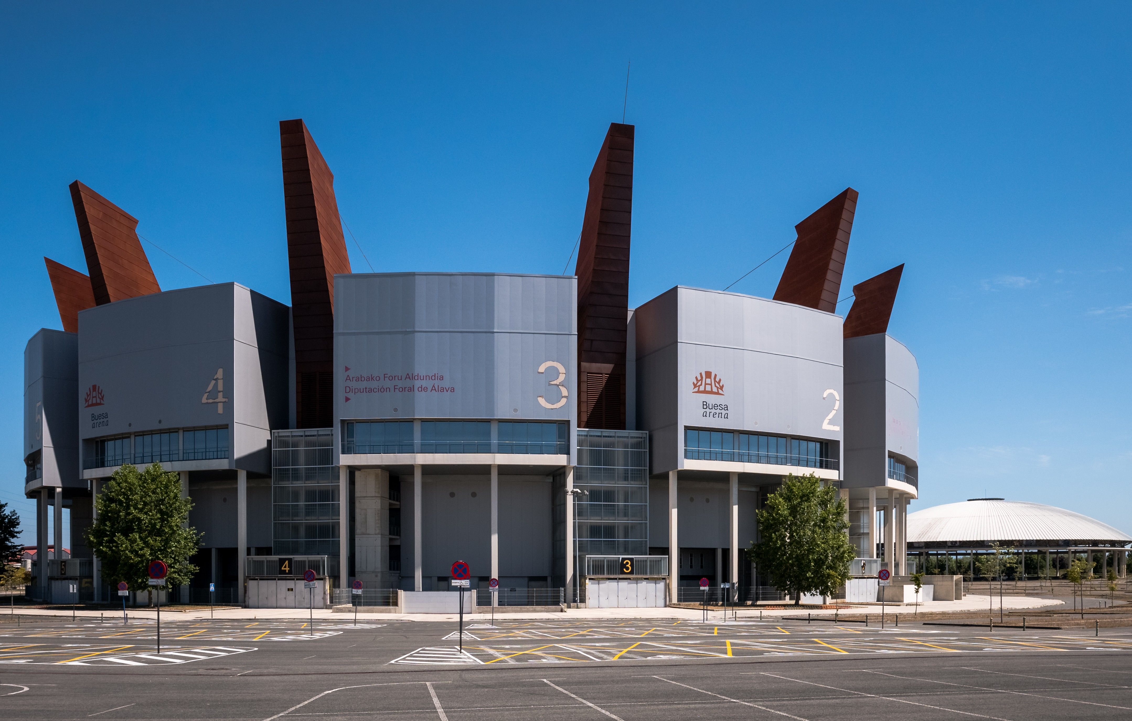 Vitoria Buesa Arena 01