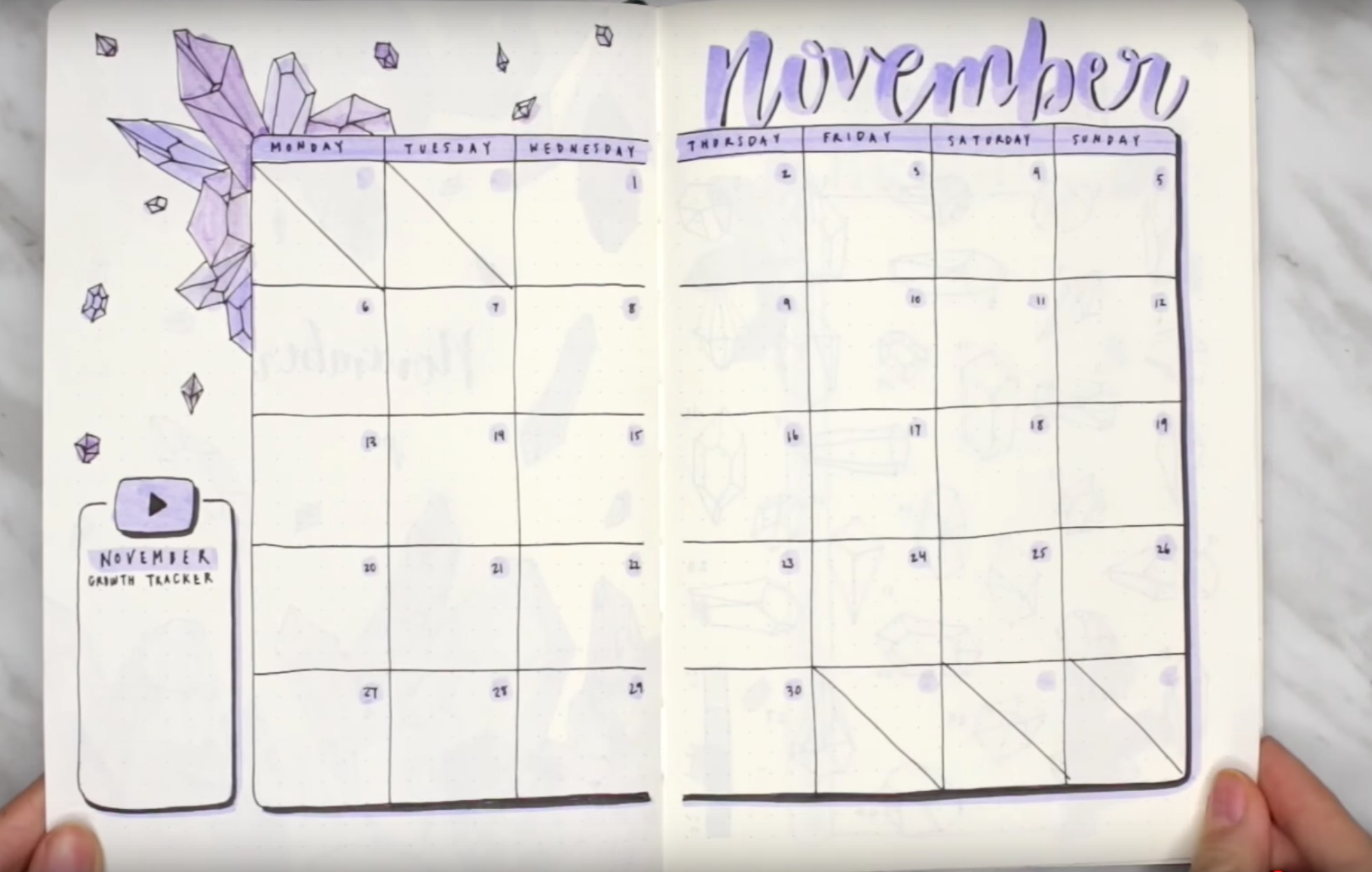 BULLET JOURNAL BUJO NOVEMBER ORGANISATION CRYSTAL PURPLE