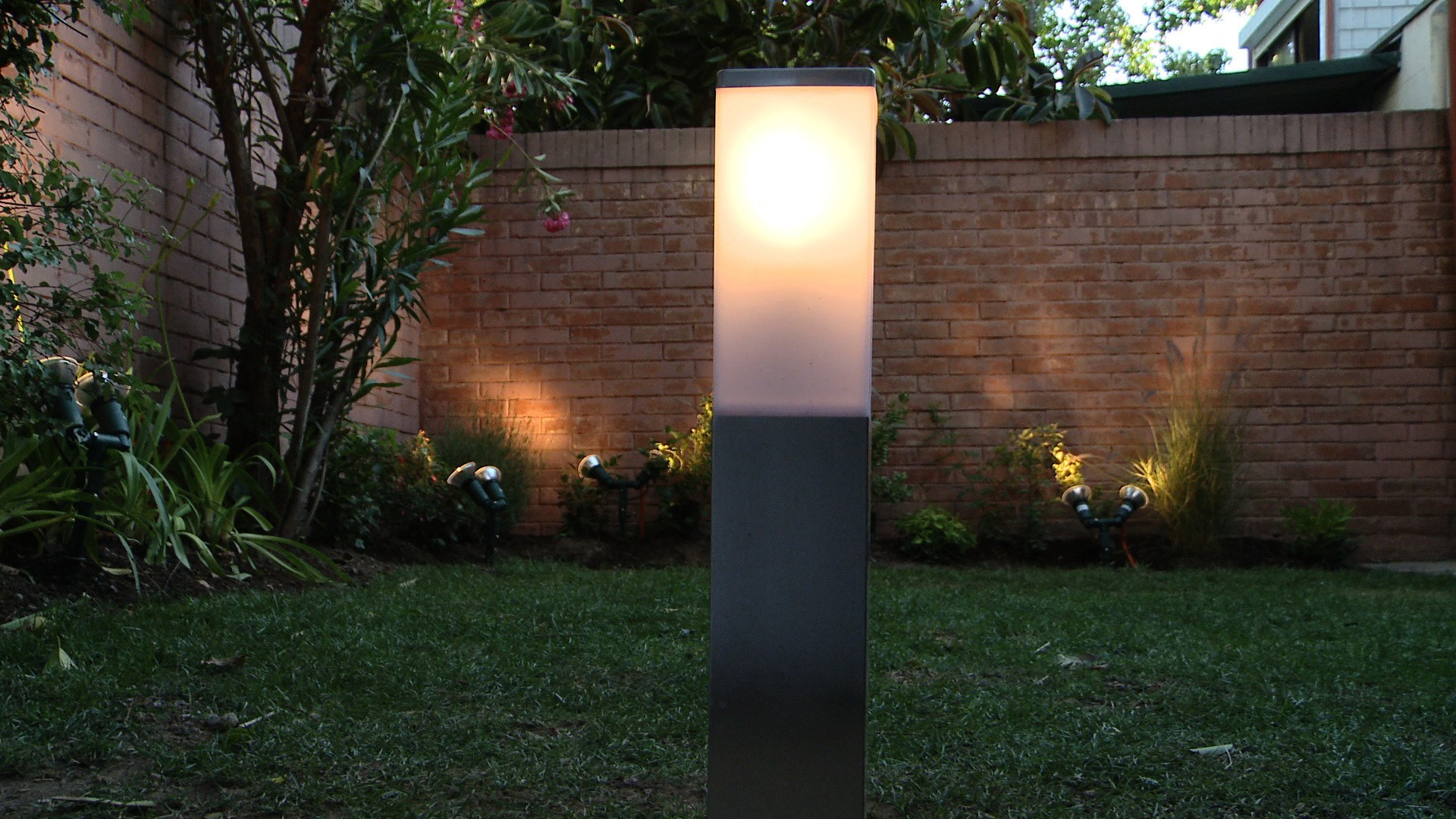 iluminacion jardines leds a favor de cautivador hagalo usted mismo cc2b3mo instalar luces en el jardc2adn idea para iluminacion jardines leds