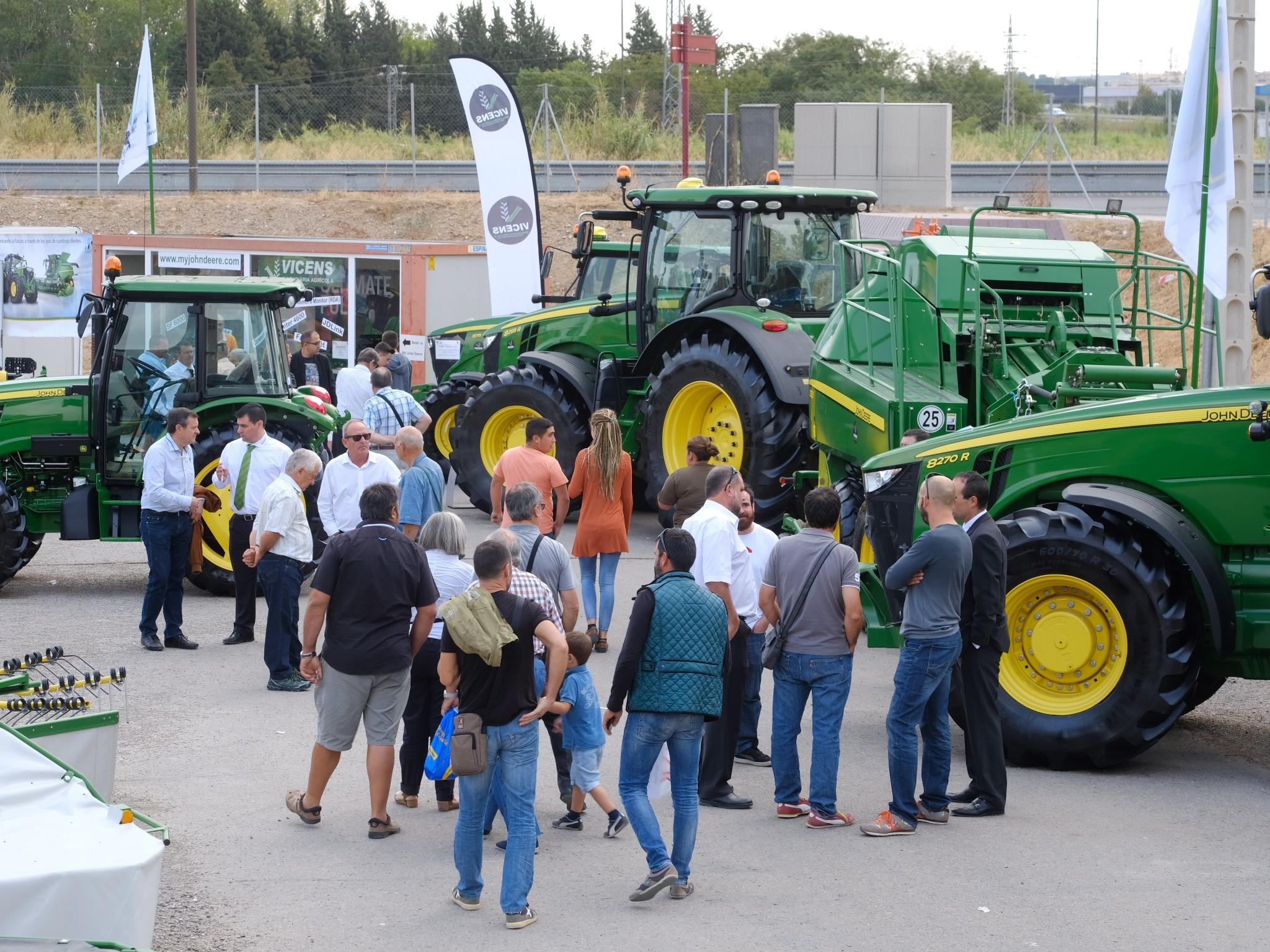 el 3er Premio del Artculo Técnico Agrario y el 22º Premio a la Innovaci³n Tecnol³gica y Seguridad en el Dise±o de las Máquinas Agrcolas y de los