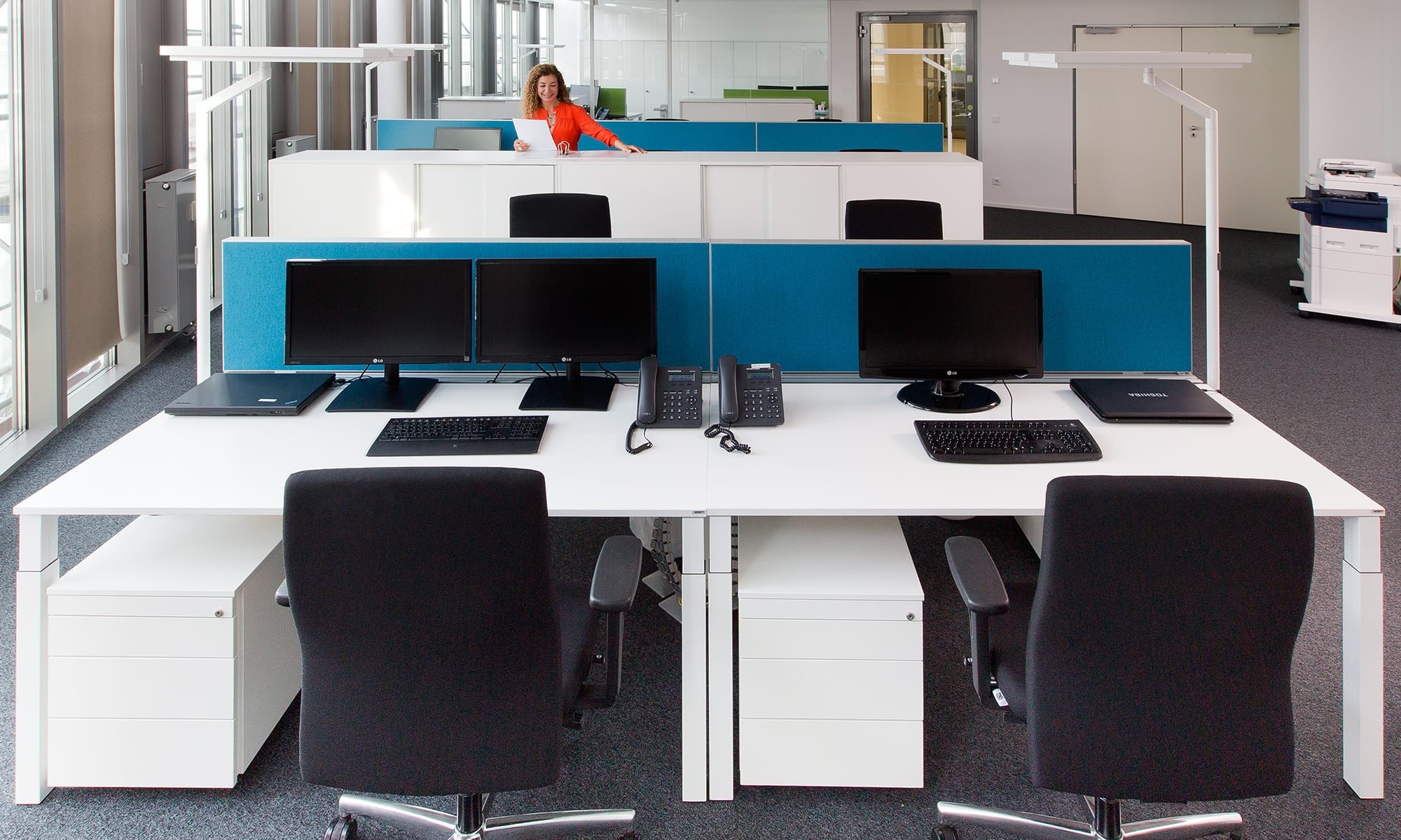 Büro und Objekteinrichtung