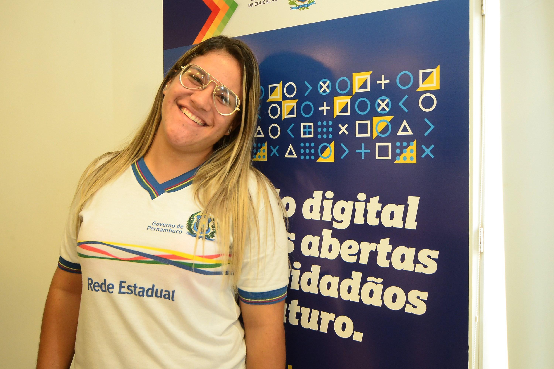 Secretaria de Educa§£o do Estado apresenta o Pernambucoders