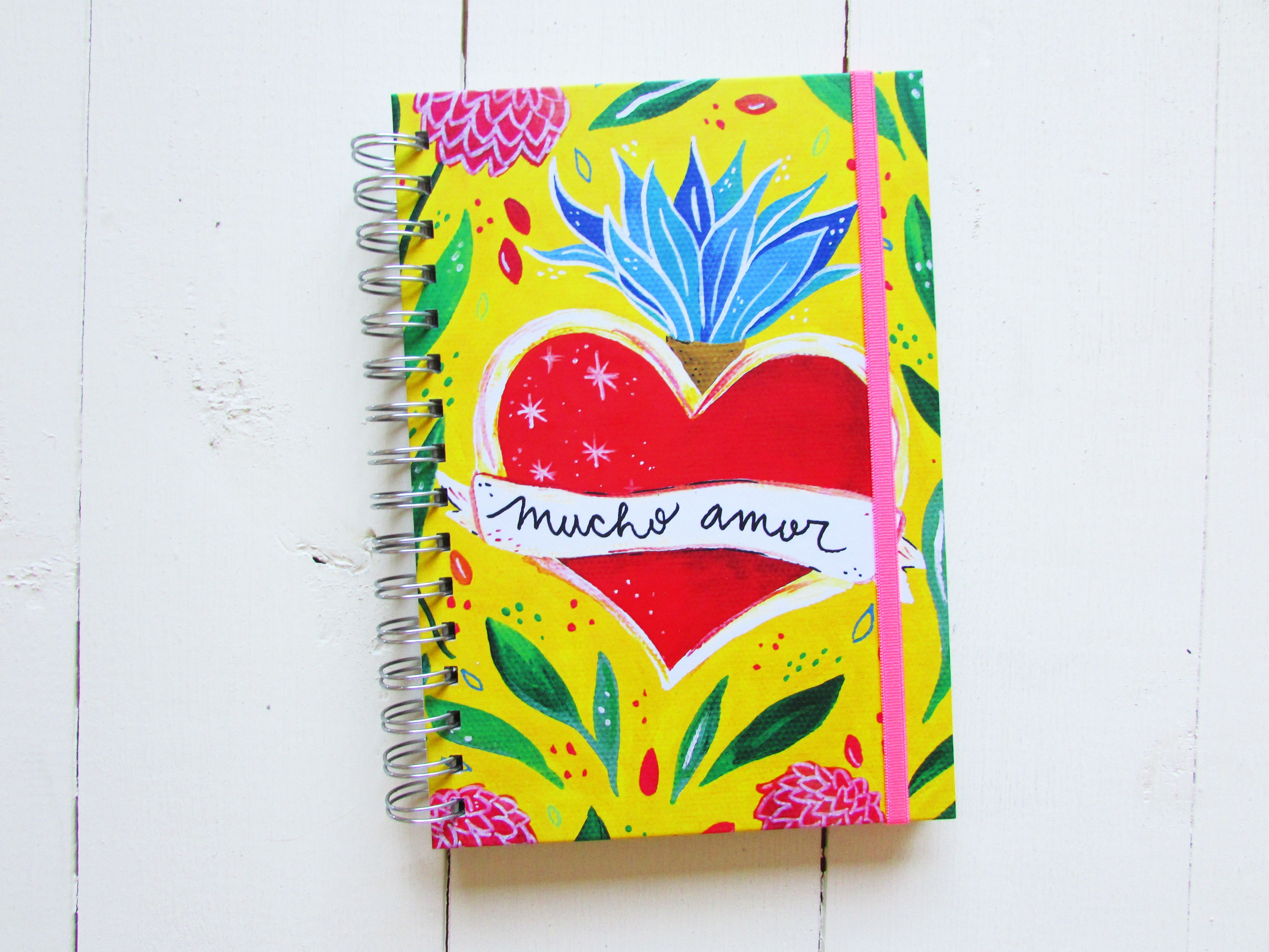 """Cuaderno ecol³gico de dise±o por Chabela Modelo """"Mucho amor"""" con coraz³n mexicano"""