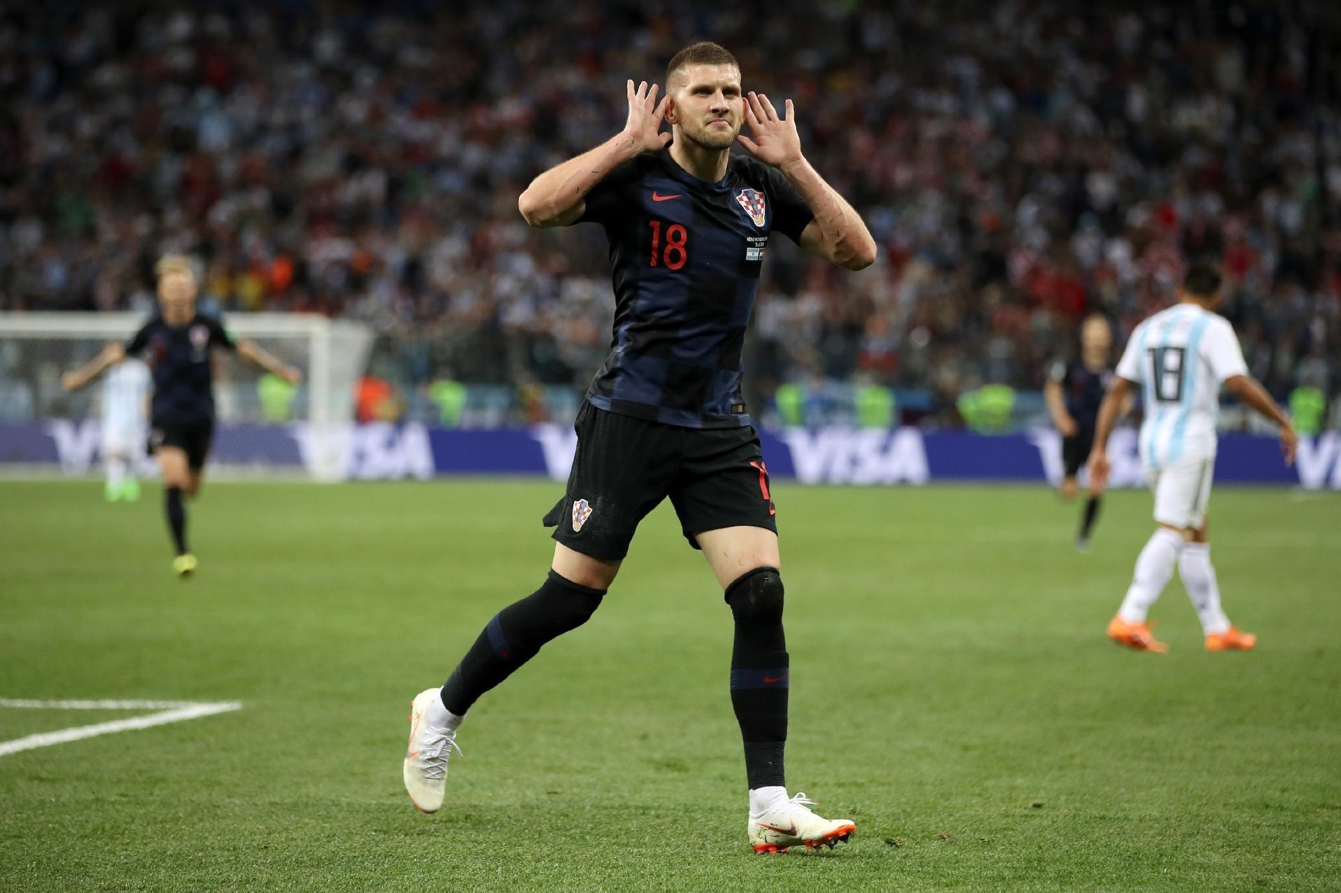Croácia na Copa 2018 Na bronca argentinos croata desiste de pedir camisa de Messi UOL Copa do Mundo 2018
