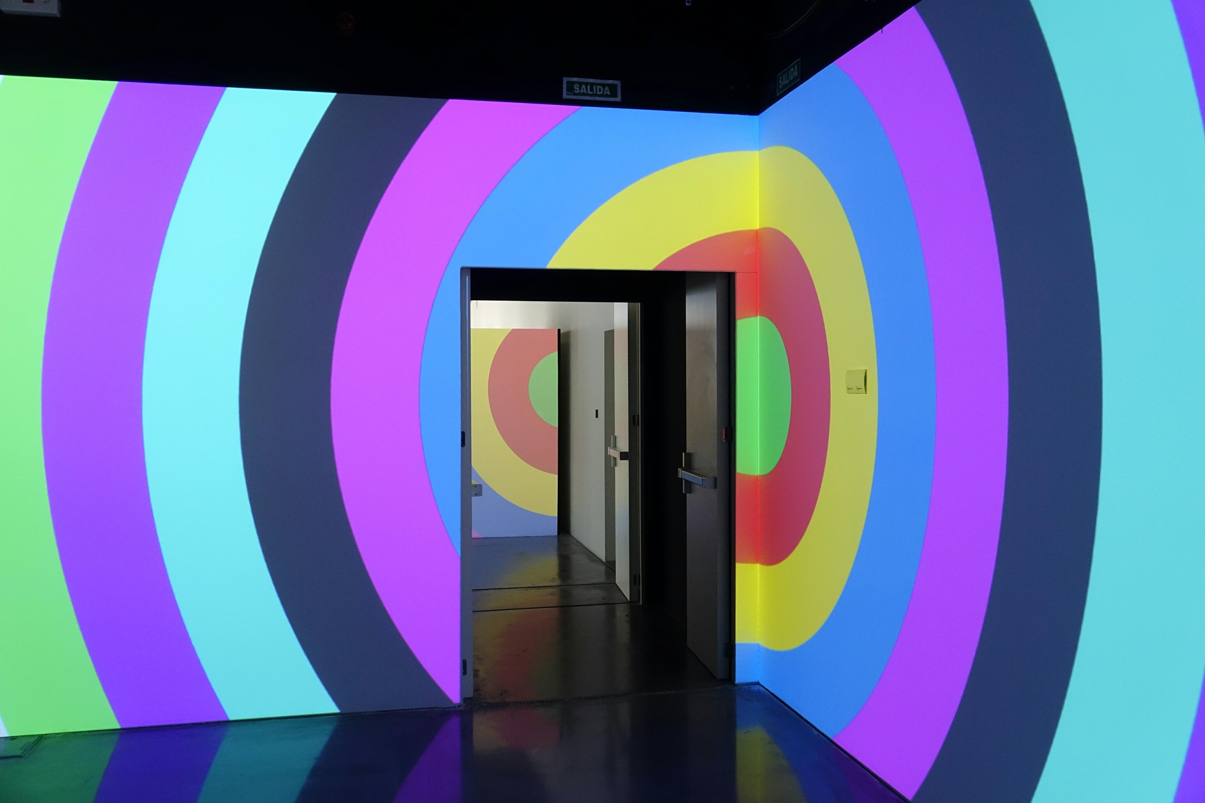 DANIEL BUREN Salas de Exposiciones y Museos