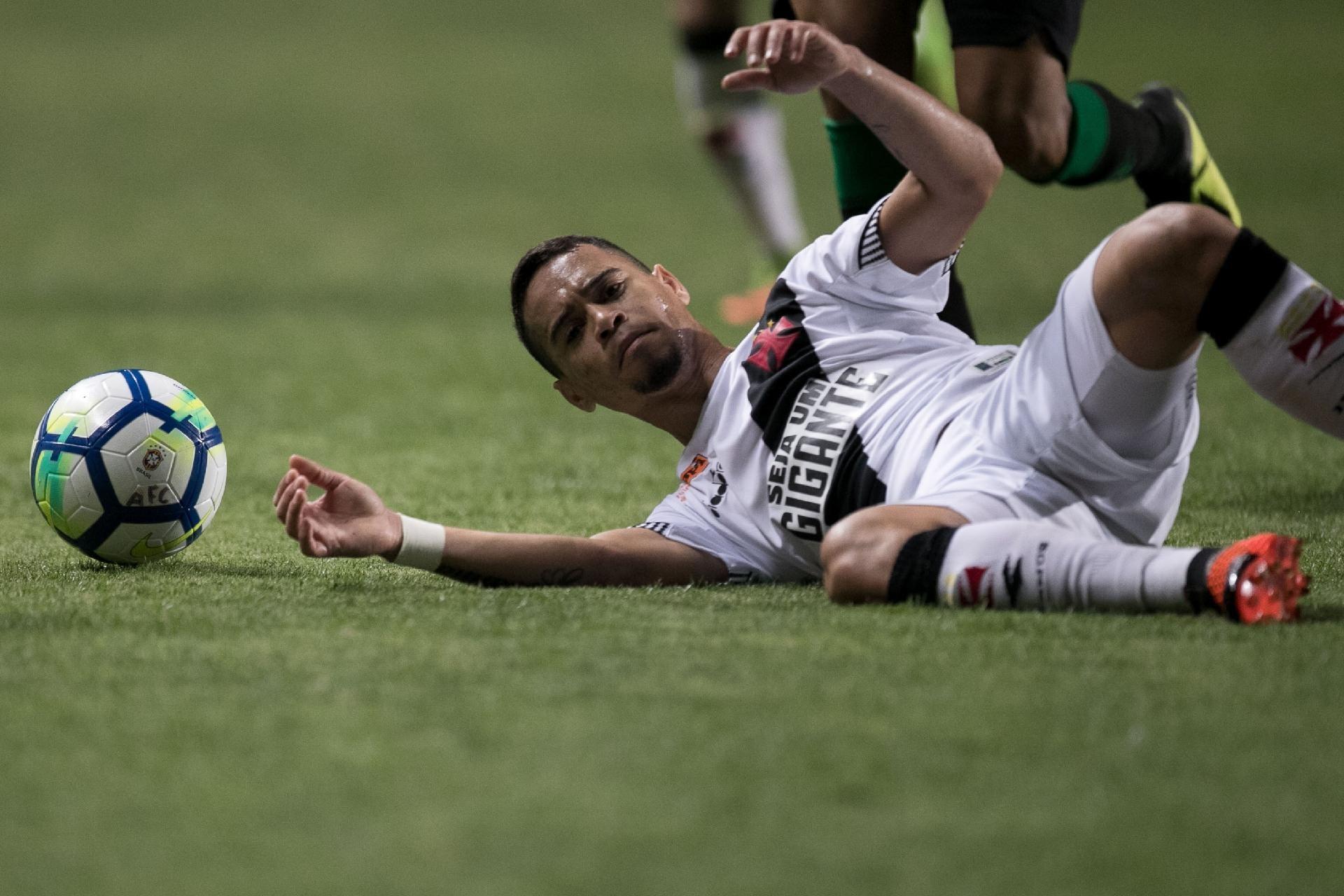 """Sem """"malandragem"""" Vasco deixa escapar 5 pontos nos minutos finais 27 05 2019 UOL Esporte"""