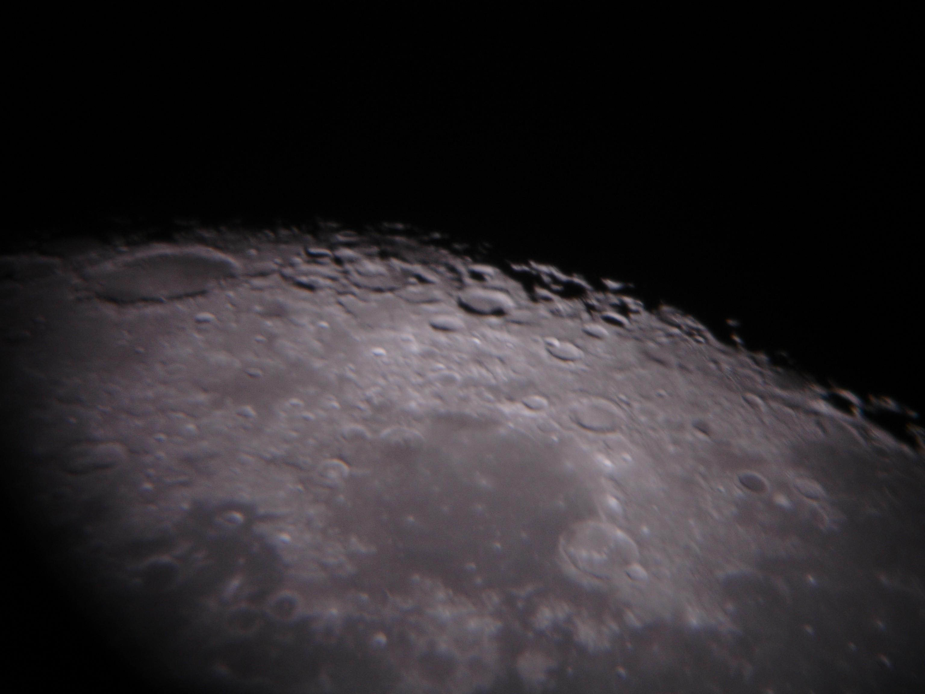 Luna11 JPG