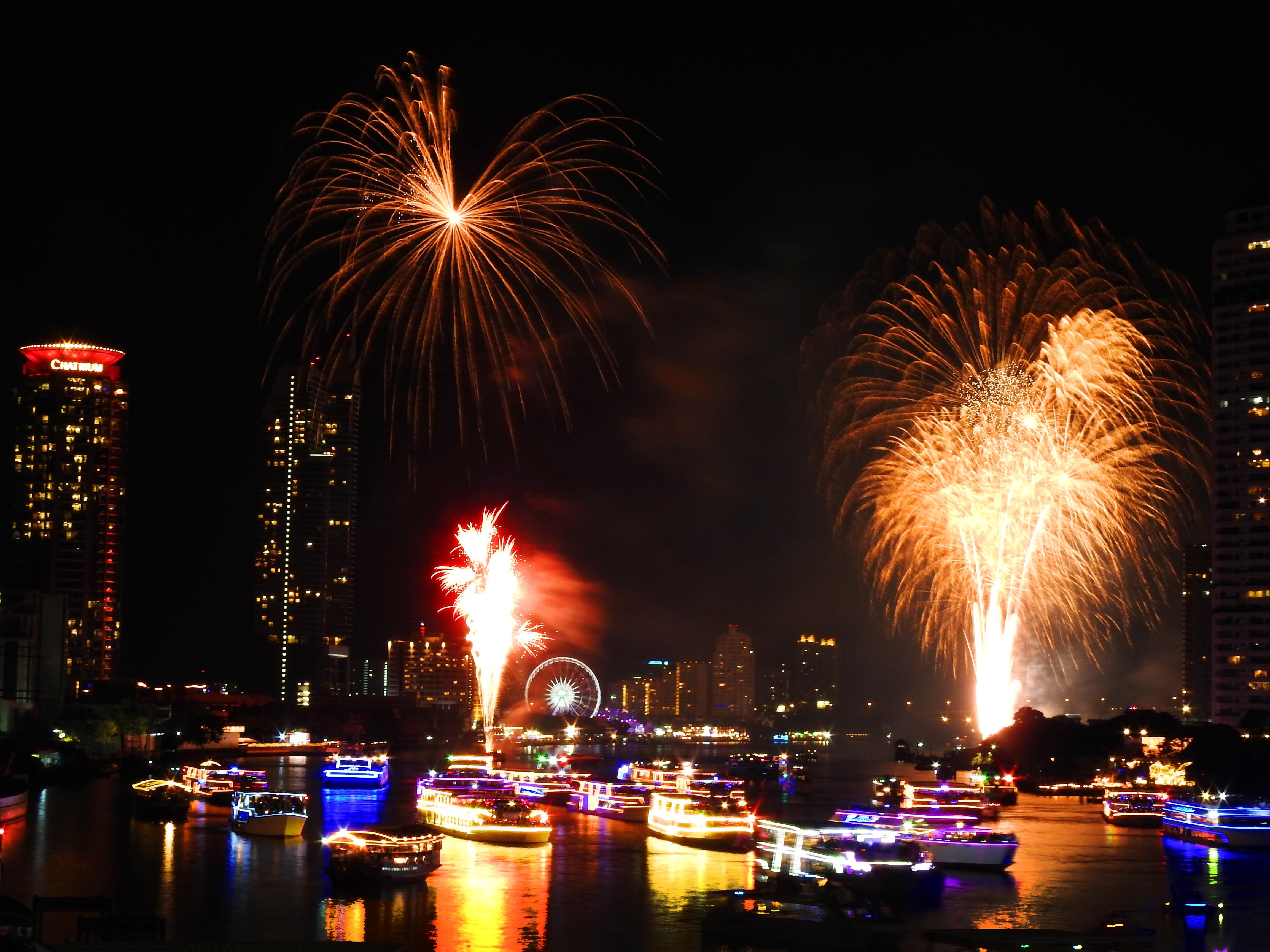 Fireworks in Bangkok Thailand 2019 01