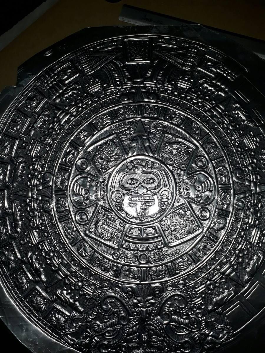 MLM calendario maya repujado en aluminio JM