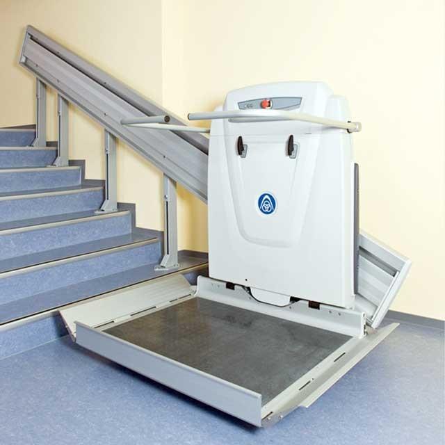 plataforma elevatoria para escadas retas