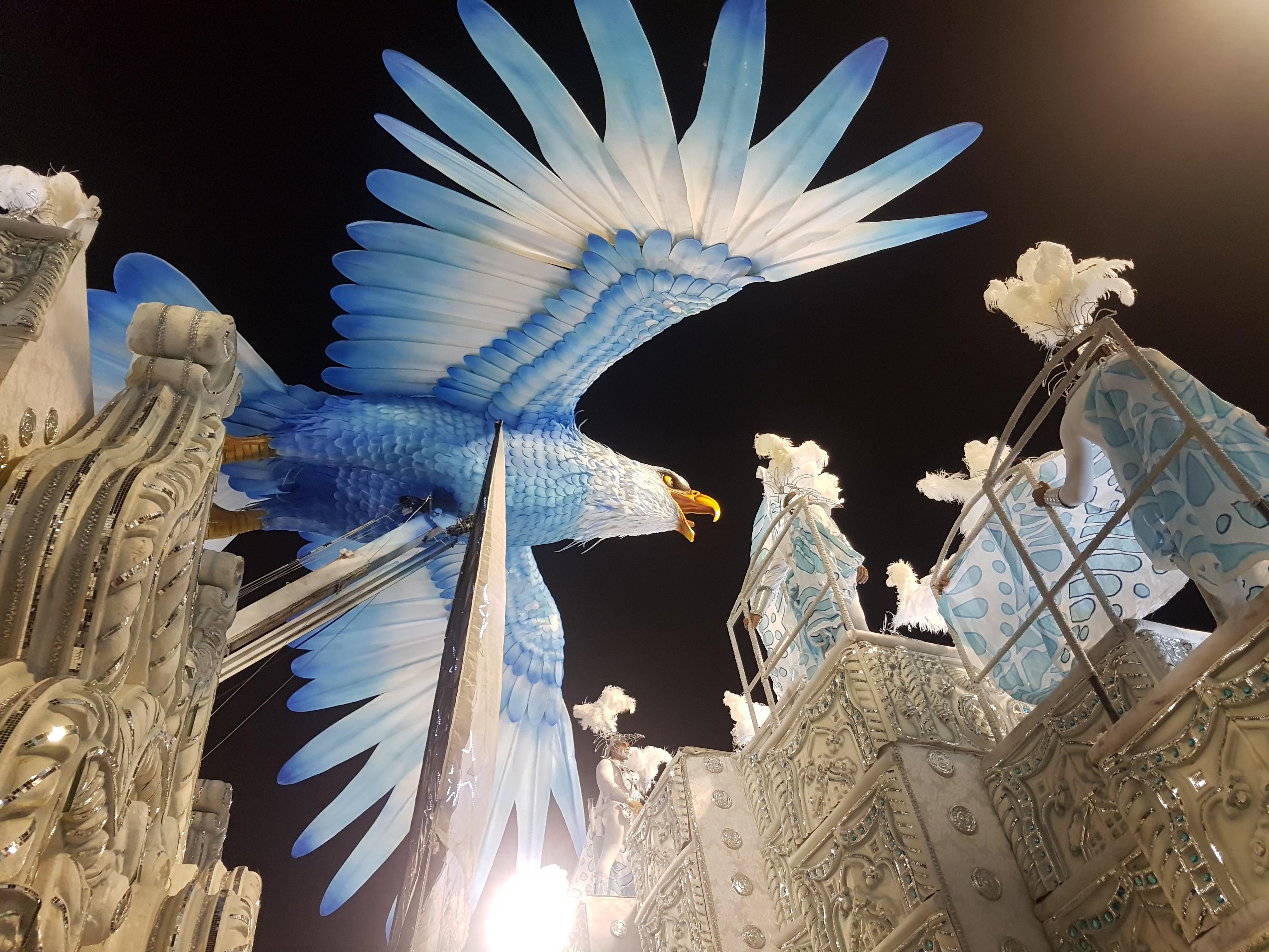A Beija Flor o Tuiuti e mais Algumas Notas sobre o Carnaval Postado em 19 fevereiro