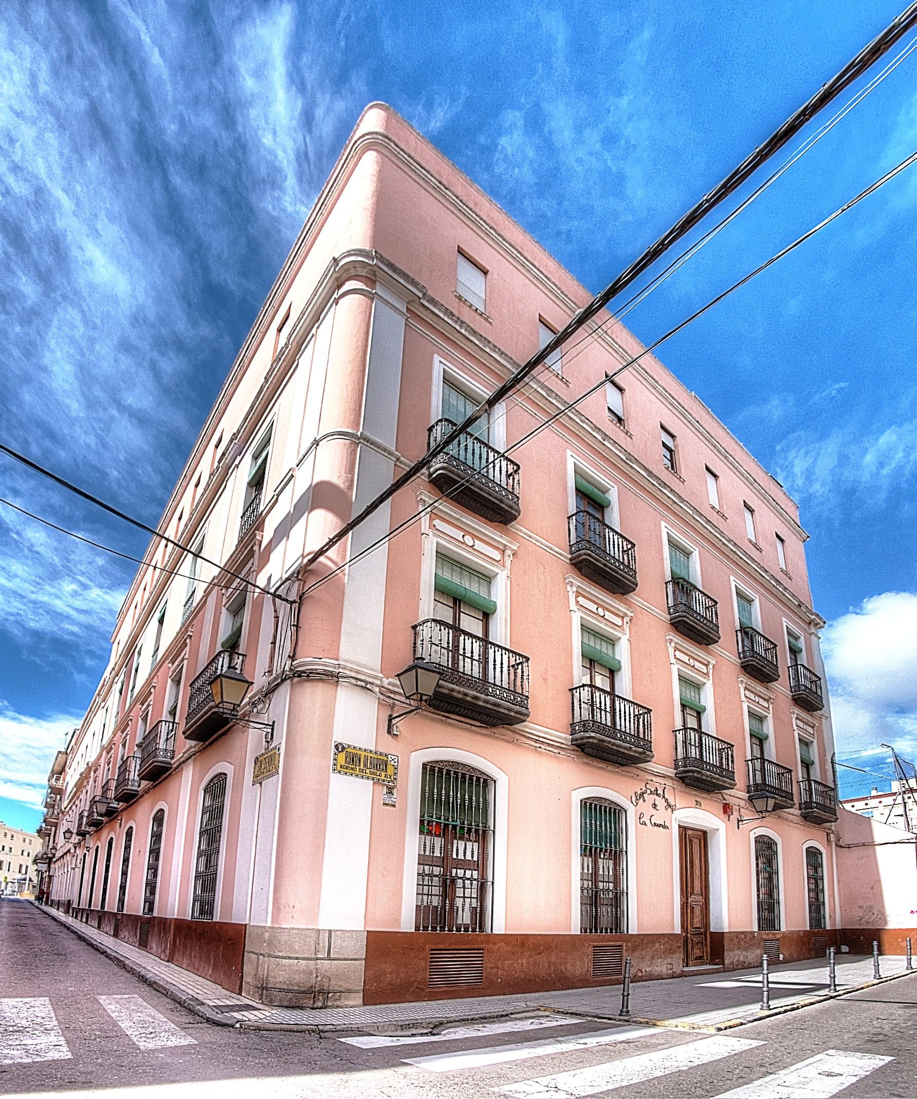 Calendario Escolar 2019 Badajoz Más Reciente Nuestras Instalaciones Of Calendario Escolar 2019 Badajoz Recientes Calaméo Gara