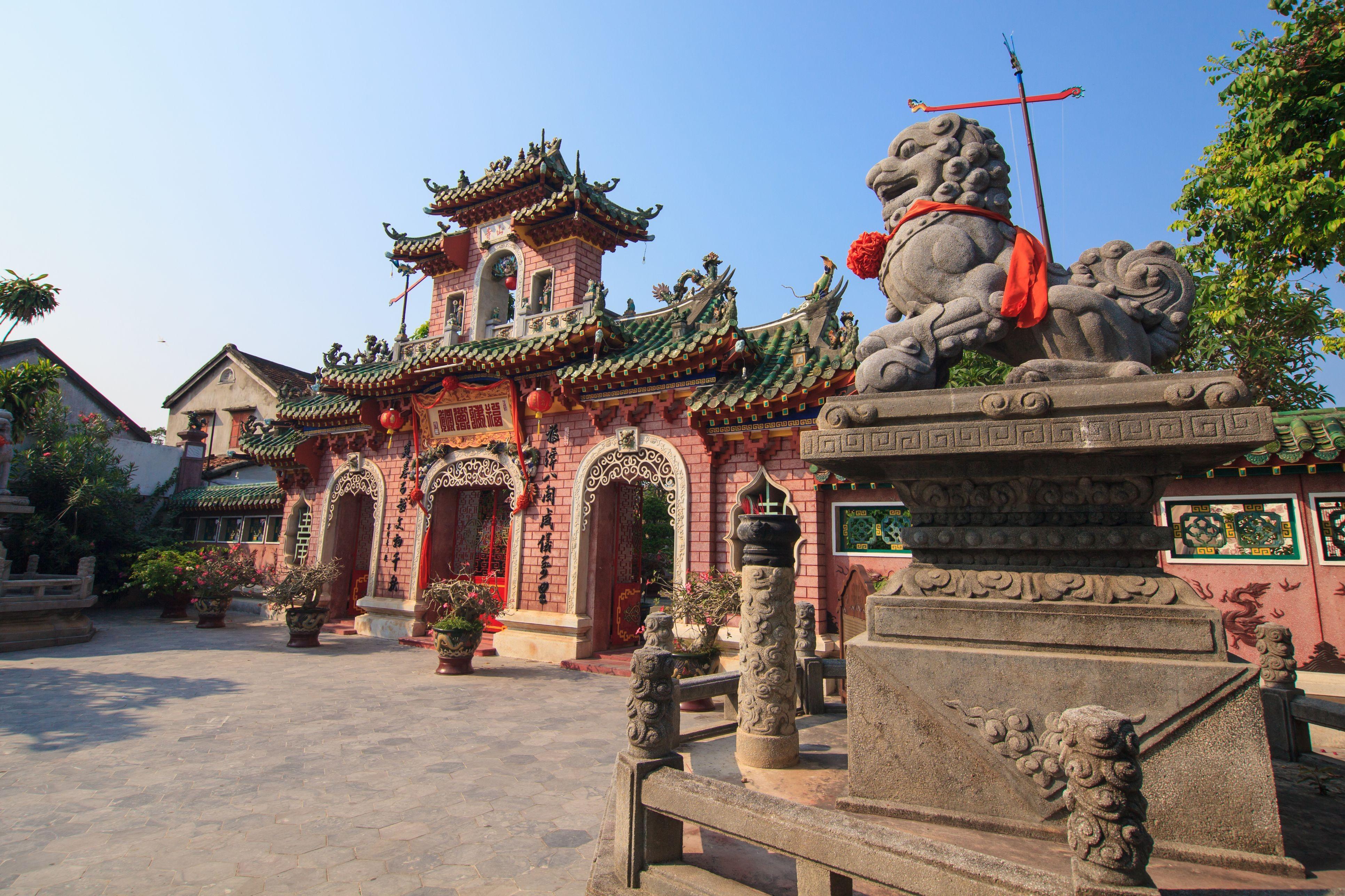 entrance of citadel hue vietnam unesco world heritage site 5af4f53a8023b da0d53