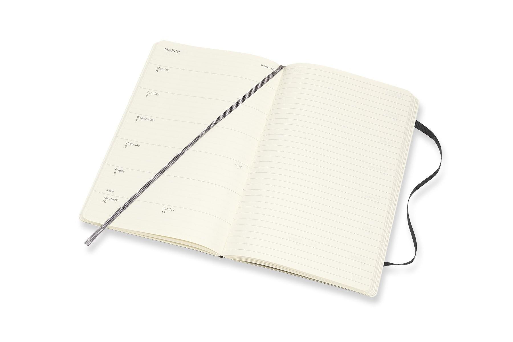 Moleskine 18 Month Weekly Planner Black Soft Cover 5 x 8 25 Amazon Moleskine Books