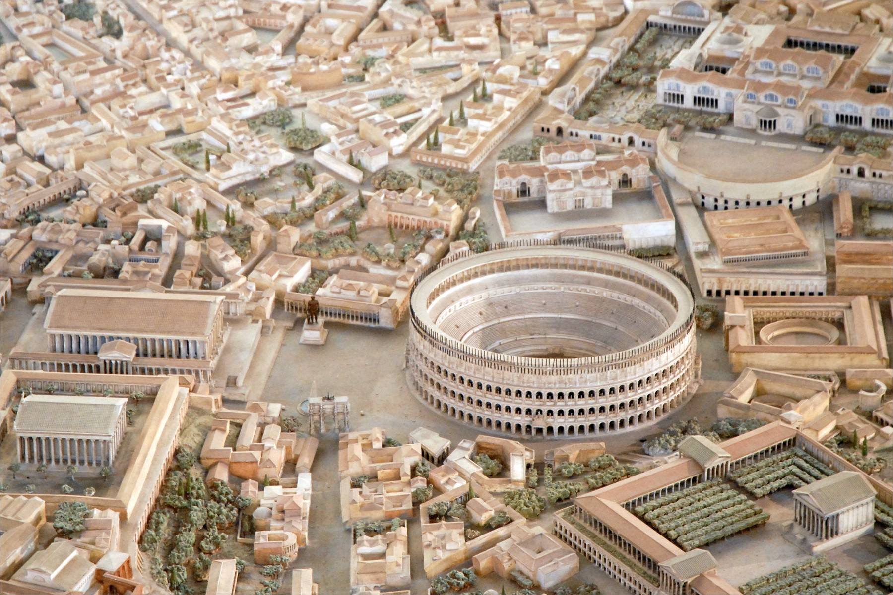 Détail de la maquette de Rome à lépoque de Constantin %